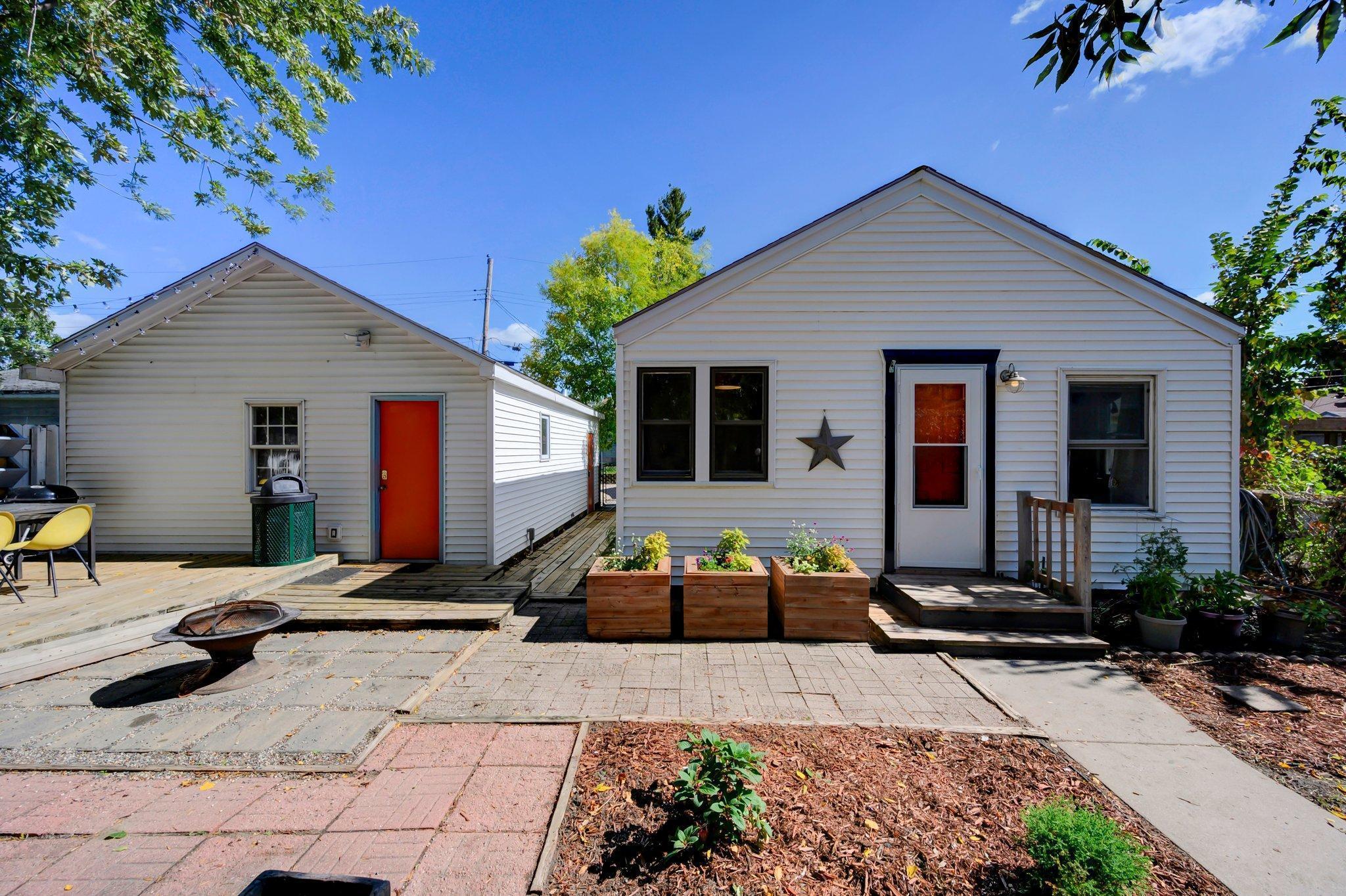 4570 Washburn Avenue Property Photo