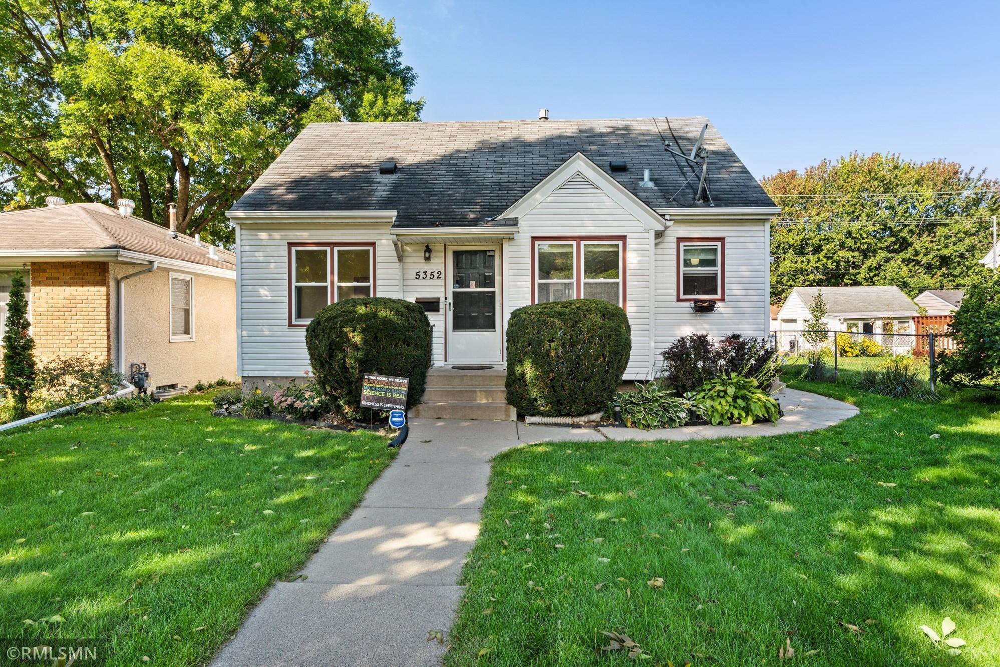 5352 29th Avenue Property Photo