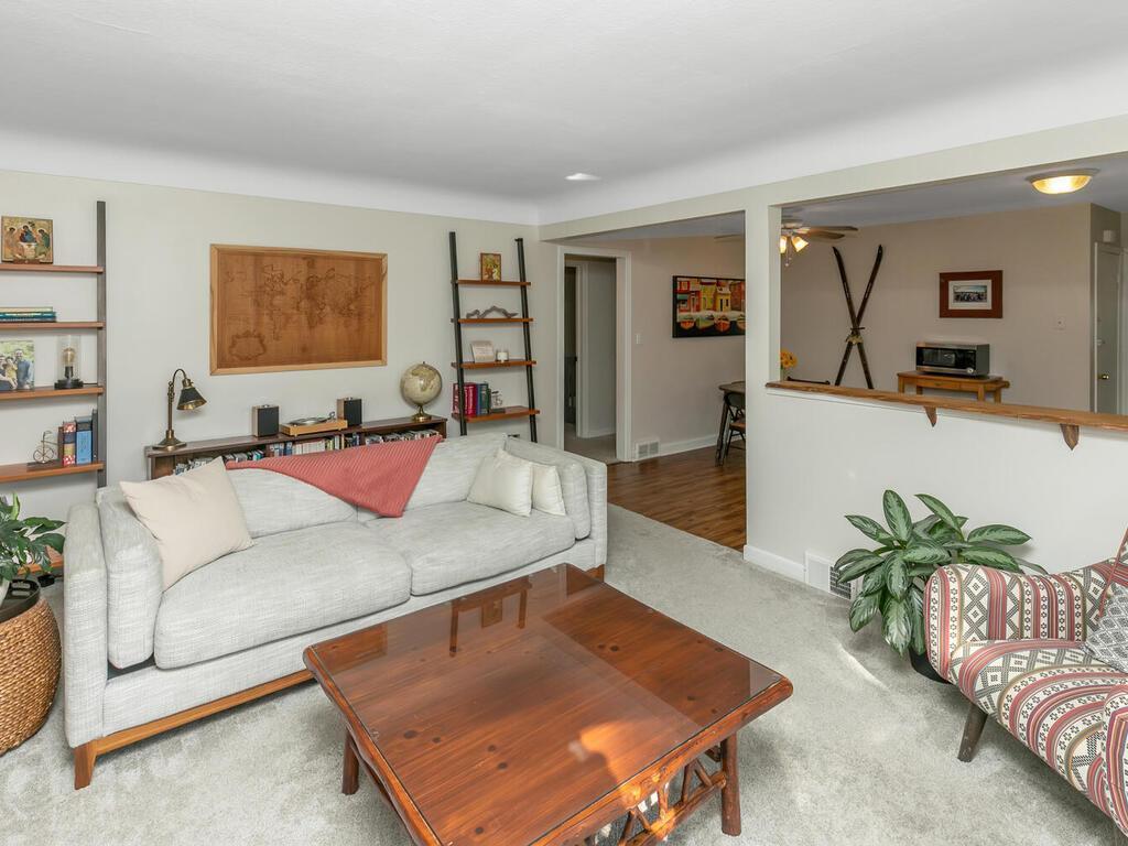 4926 42nd Avenue Property Photo