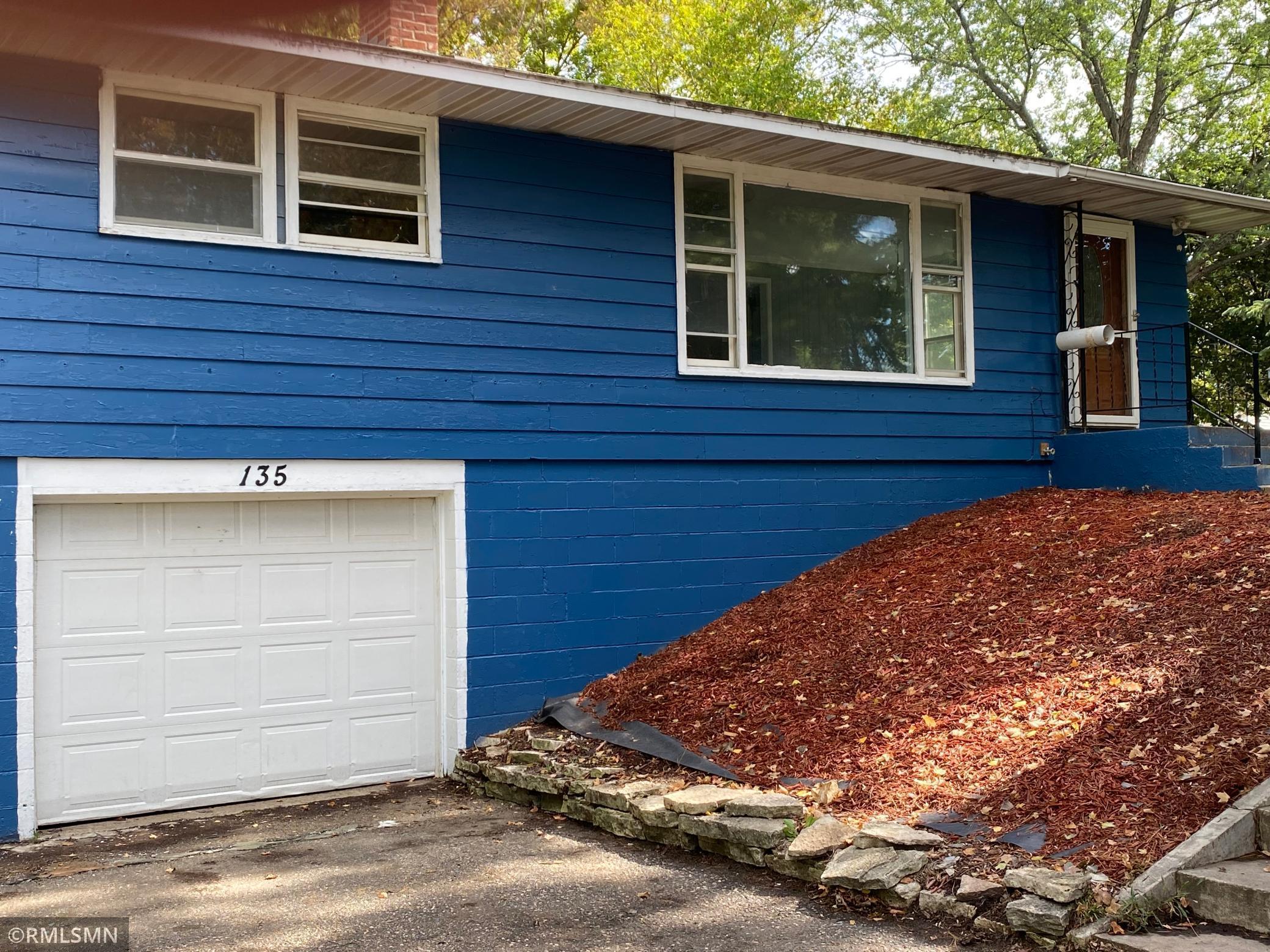 135 Poplar Avenue Property Photo