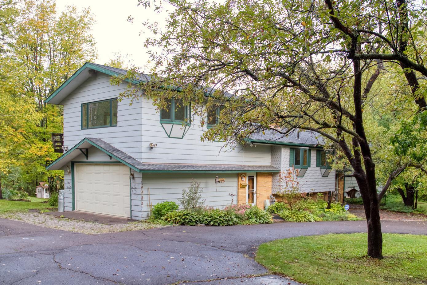 4629 Woodland Avenue Property Photo