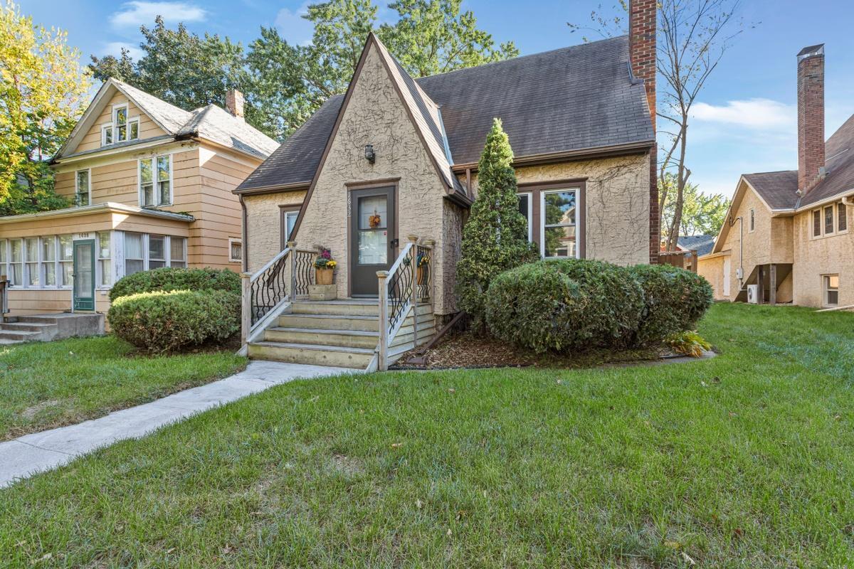 1632 Van Buren Avenue Property Photo