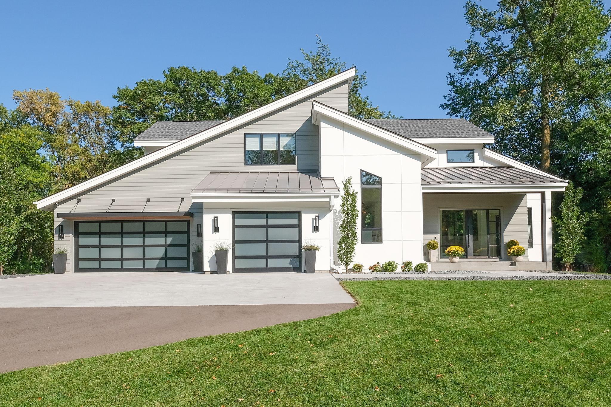 1611 Holdridge Terrace Property Photo 1