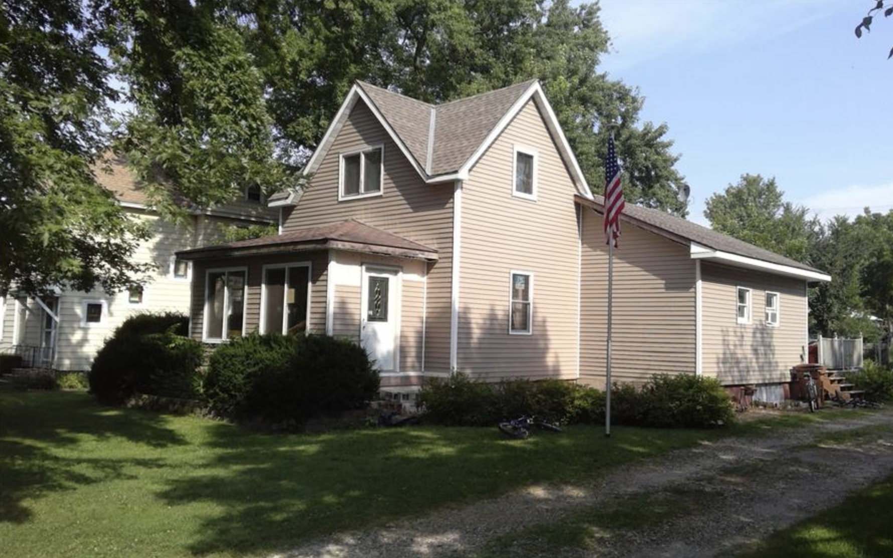 164 Lake Street Property Photo