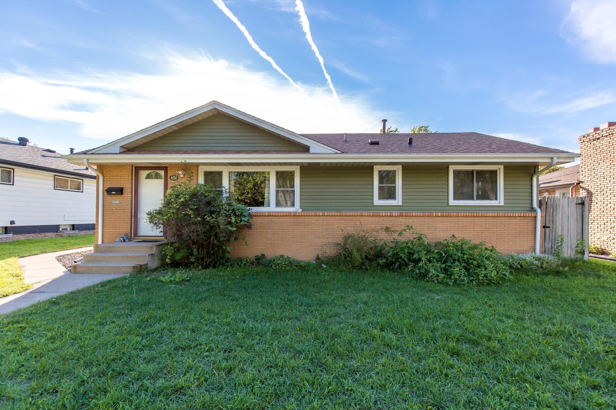 4936 7th Street Property Photo