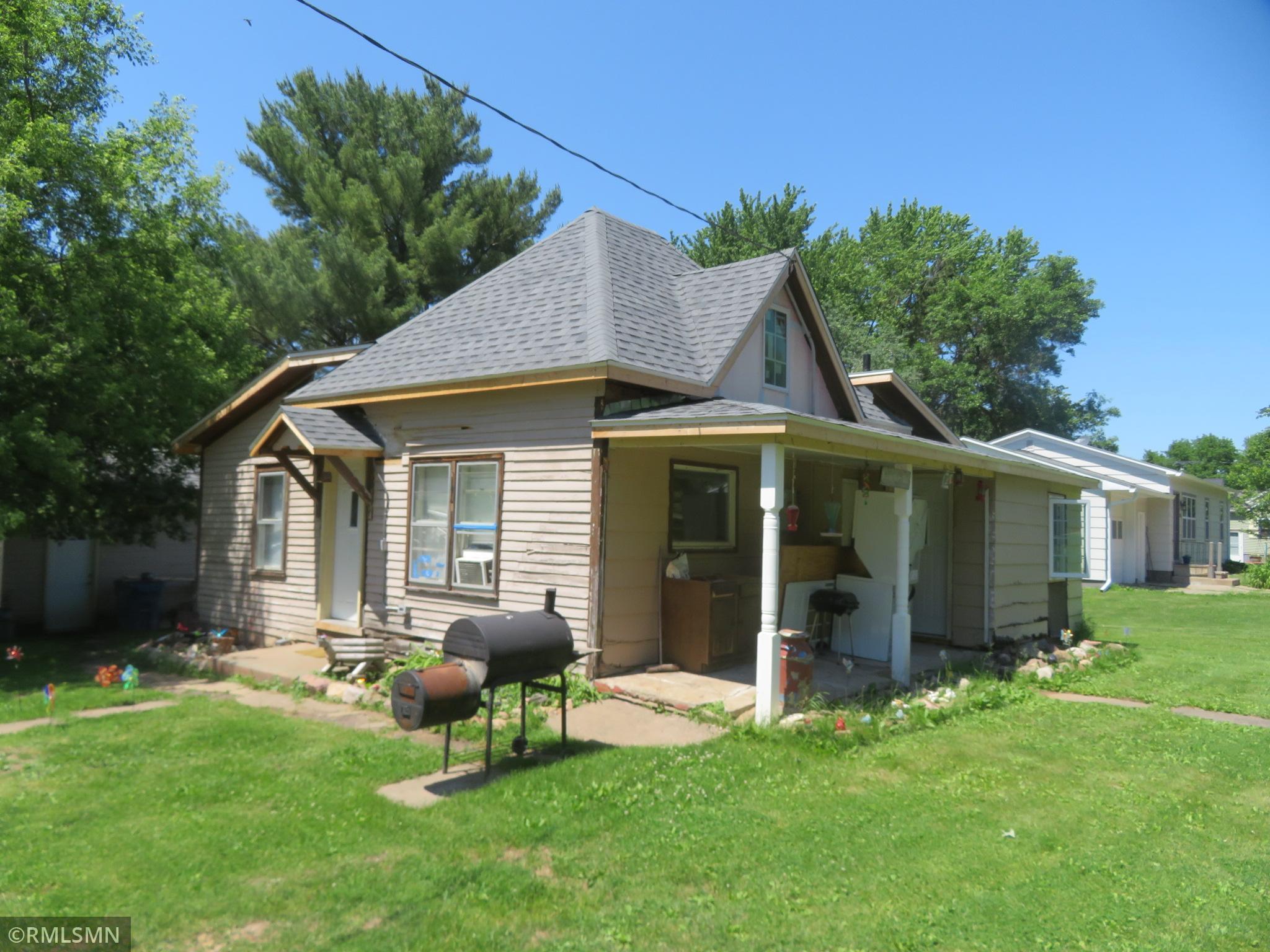 225 E Allen Street Property Photo