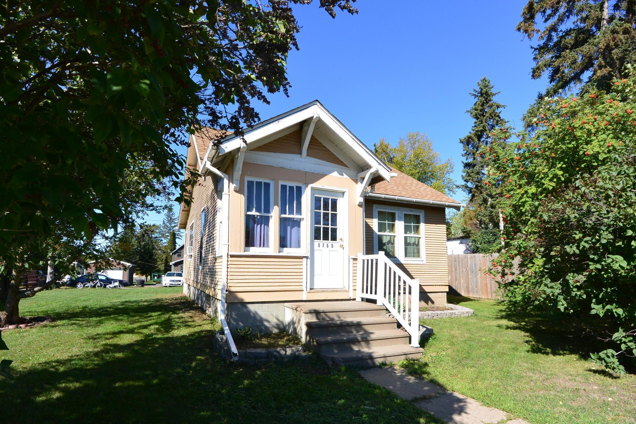 5755 Mountain Avenue Property Photo