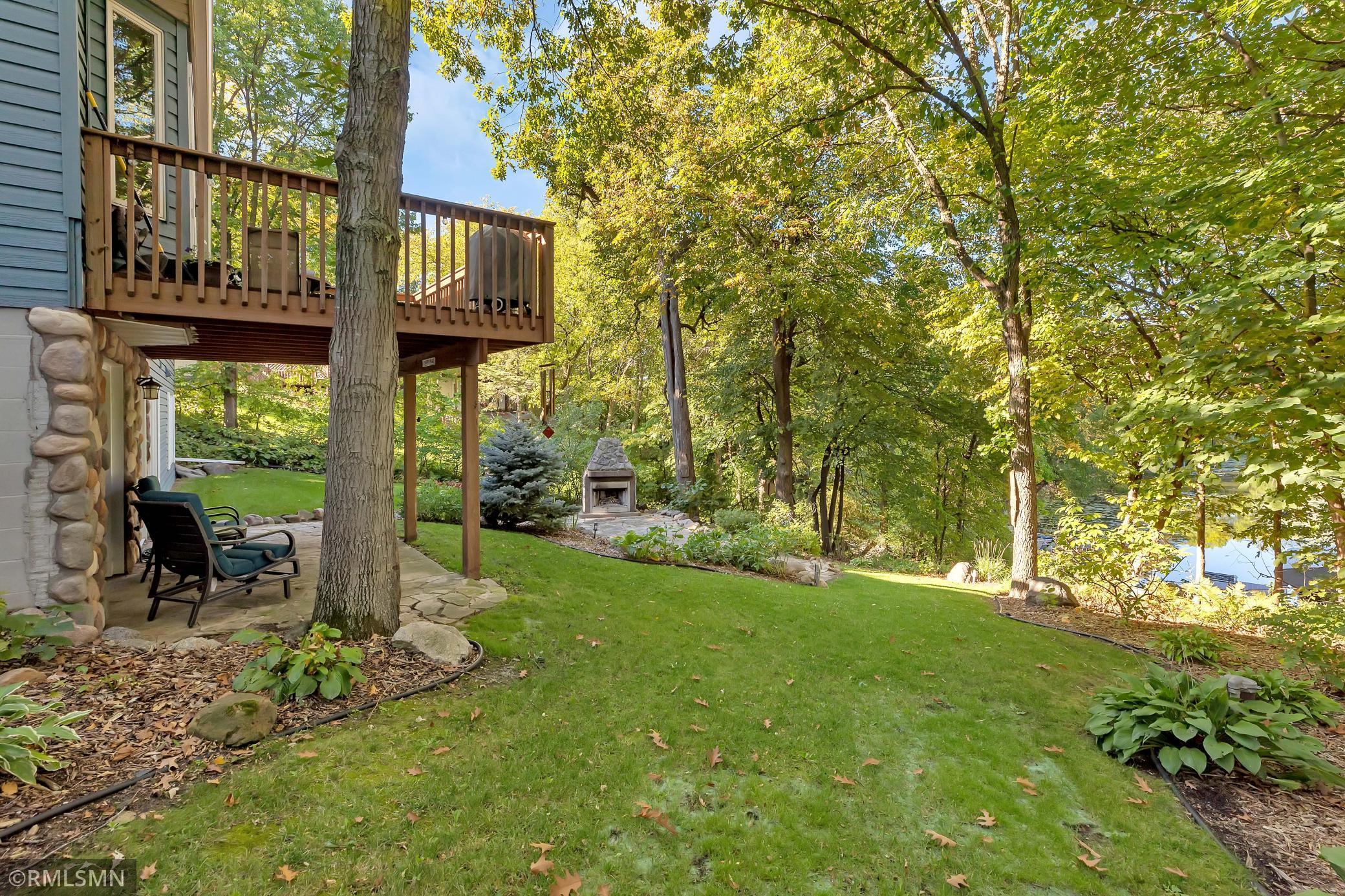 16584 Maplewood Road Property Photo
