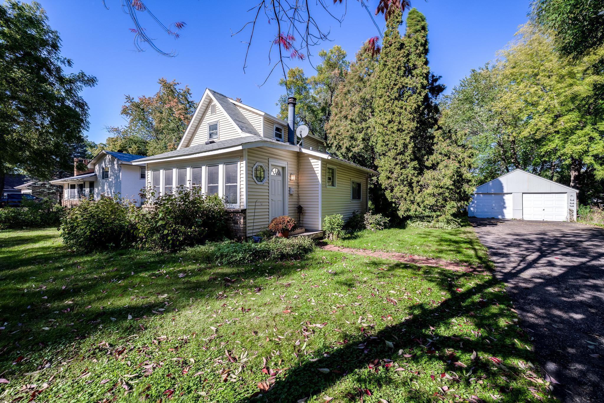 649 Benton Street Property Photo