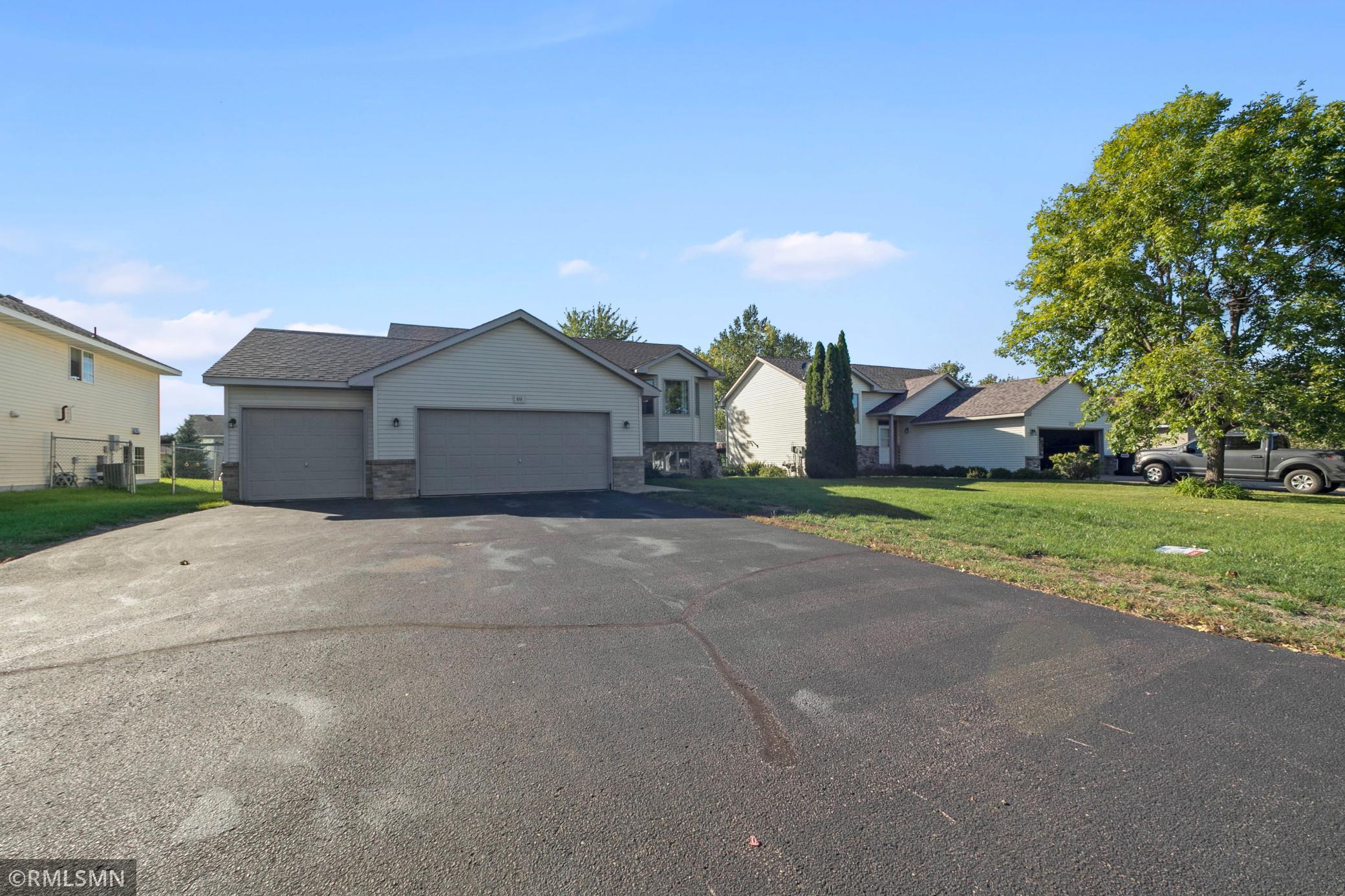 916 S Walnut Street Property Photo