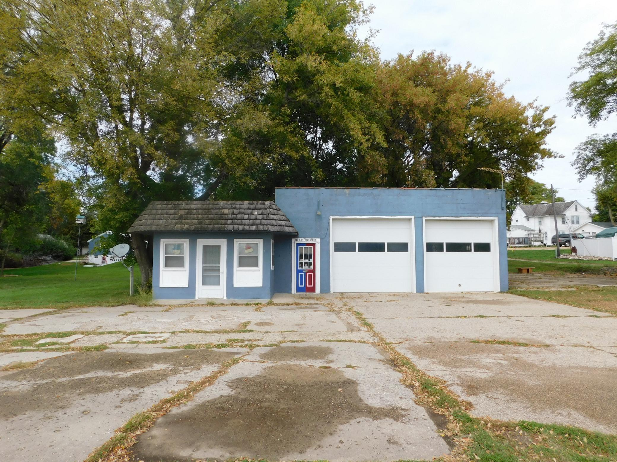 106 W Front Street Property Photo