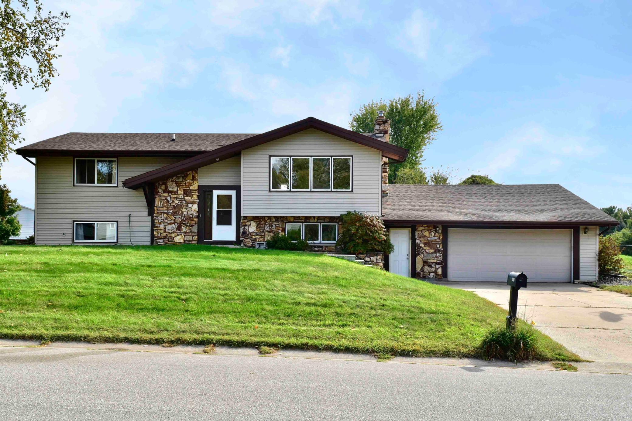441 Fireside Drive Property Photo 1