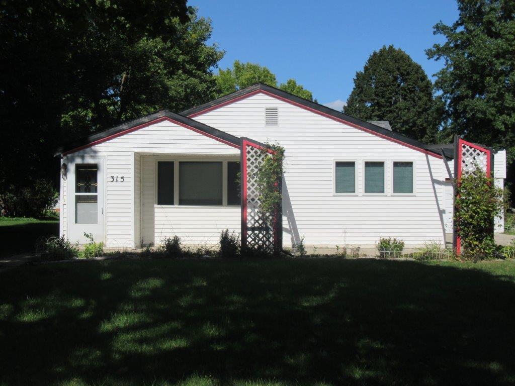 315 E Barck Avenue Property Photo