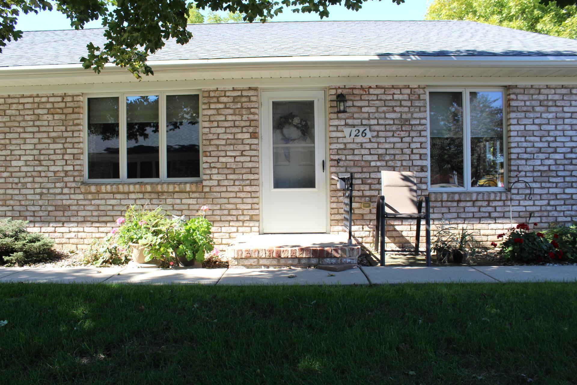 126 W Warren Street Property Photo