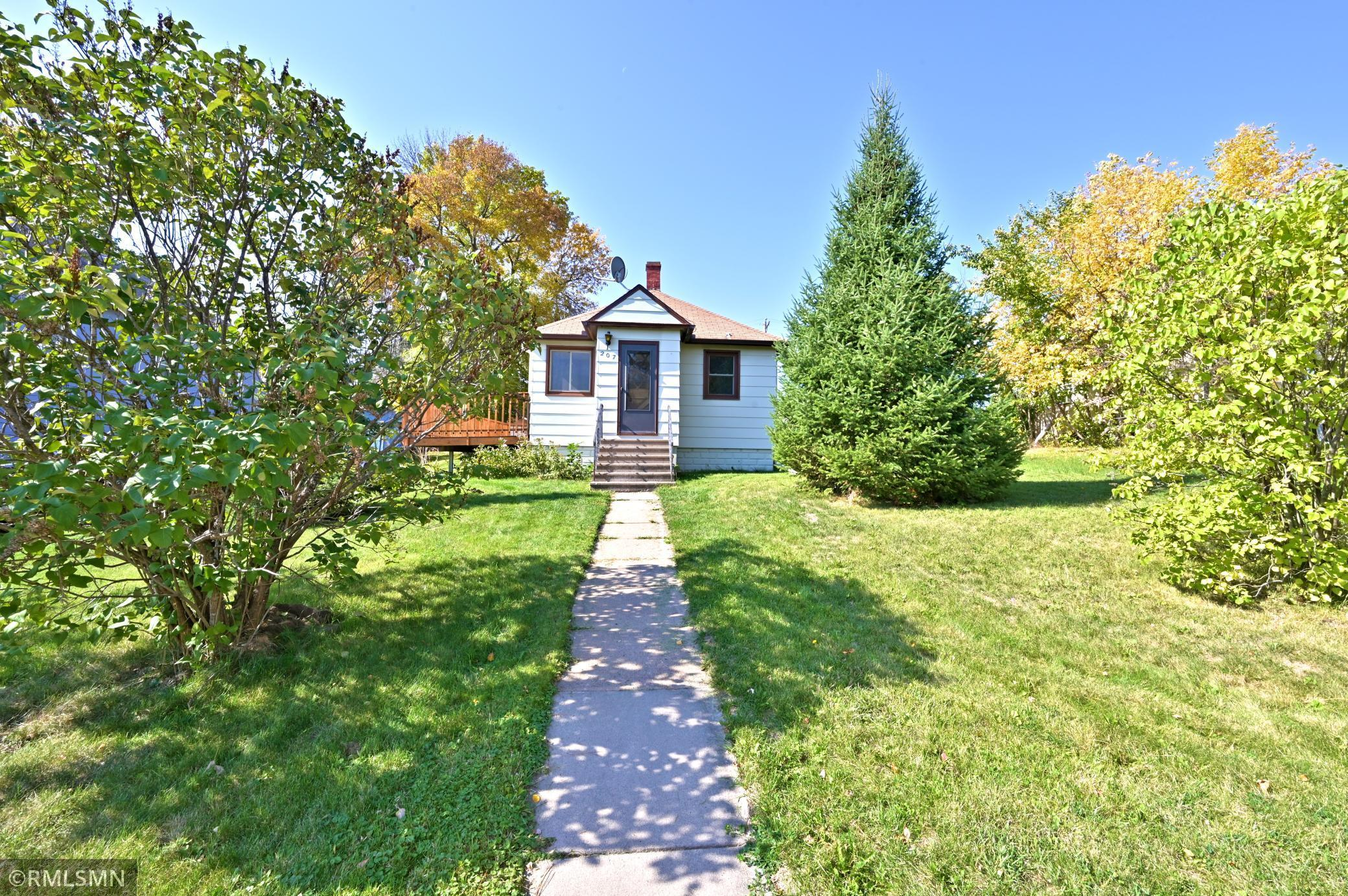 207 Gayley Avenue Property Photo