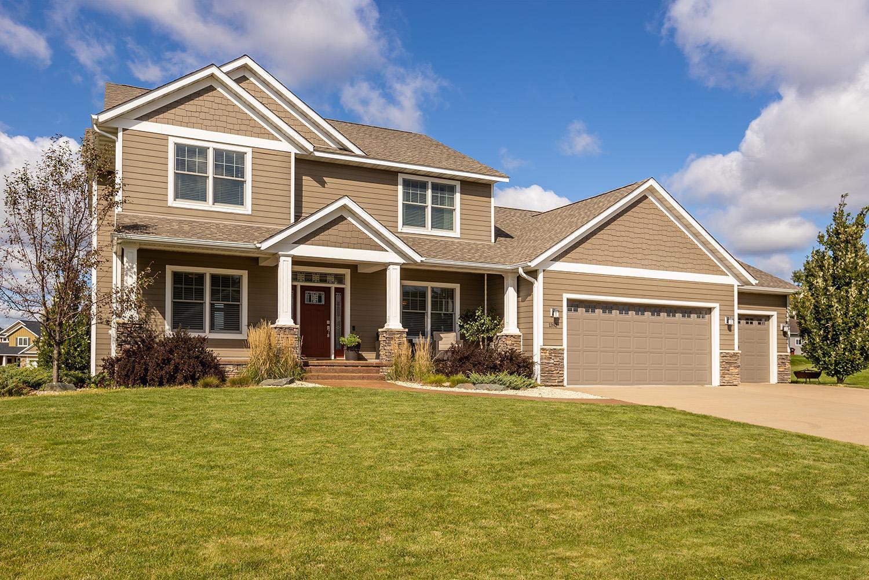 1392 Crestview Drive Property Photo 1