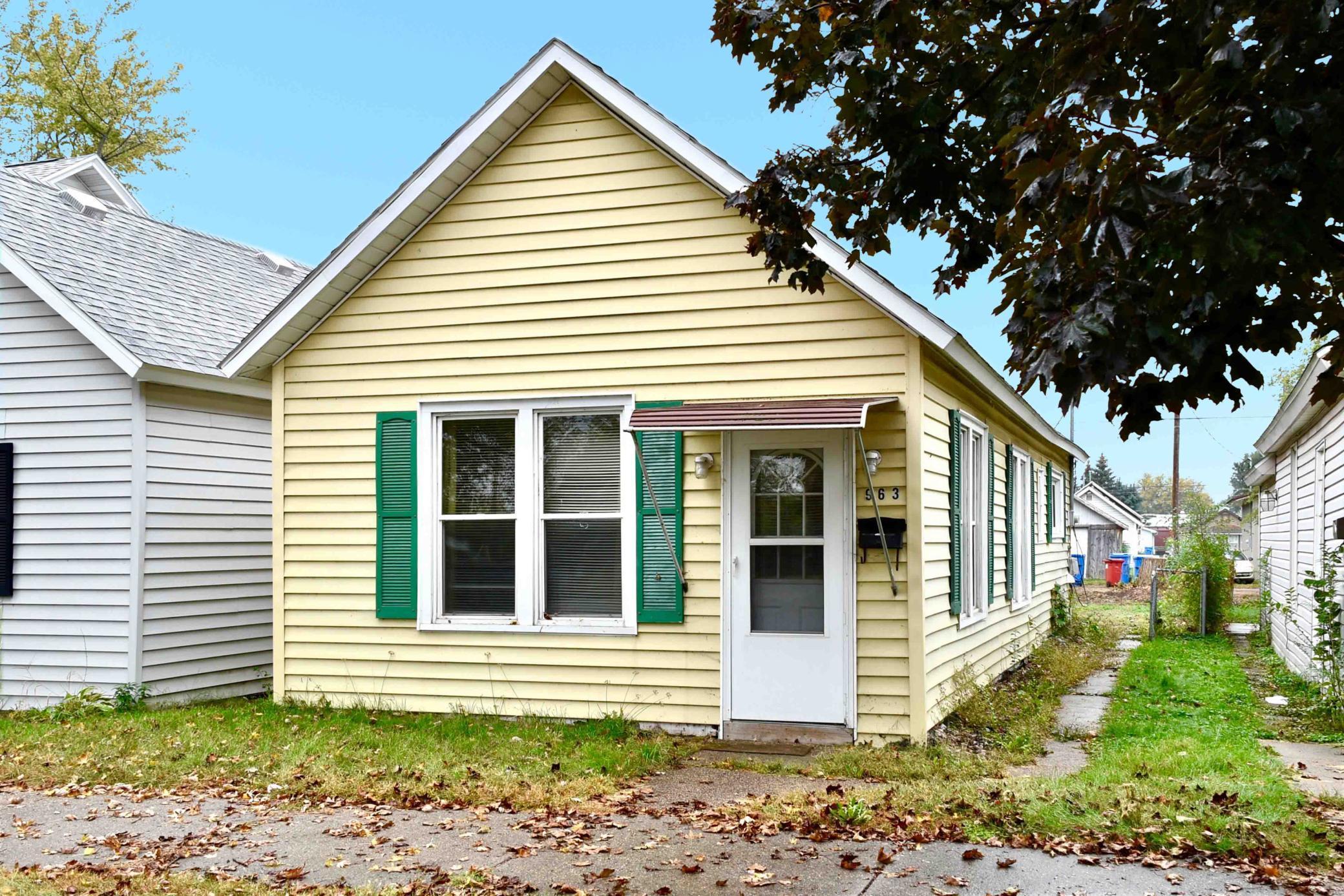 963 E Sanborn Street Property Photo 1