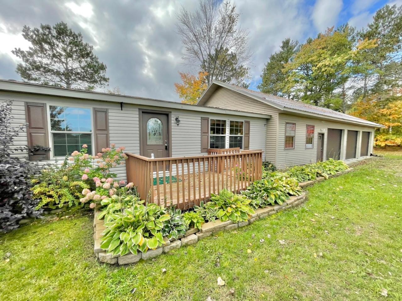 35595 Lake Street Property Photo
