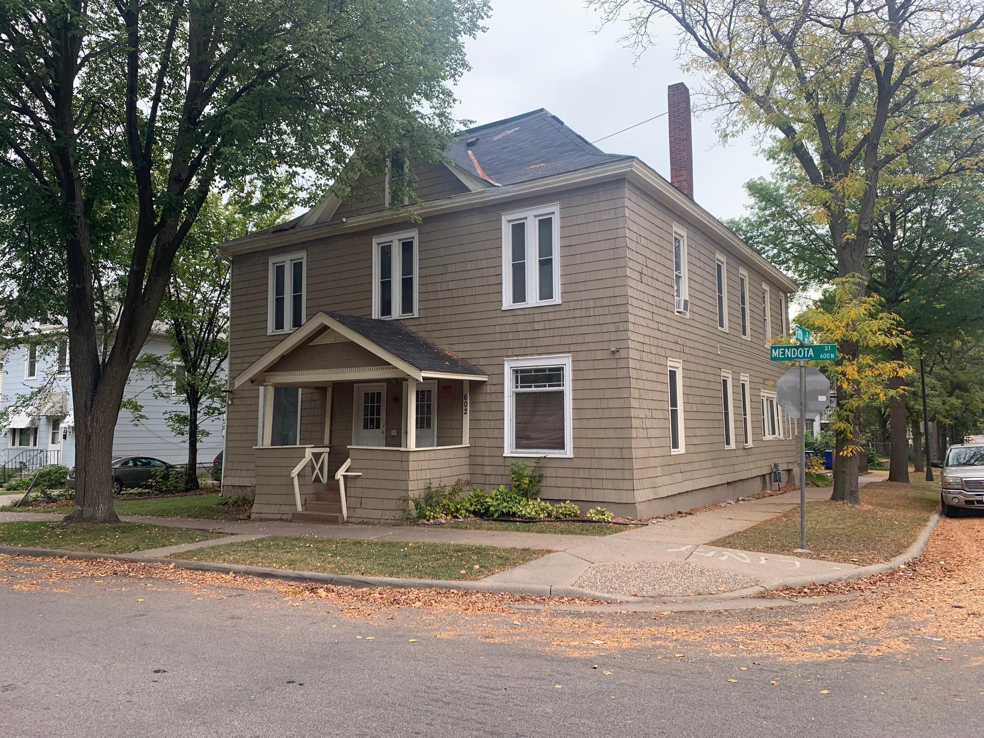 602 N Mendota Street Property Photo 1