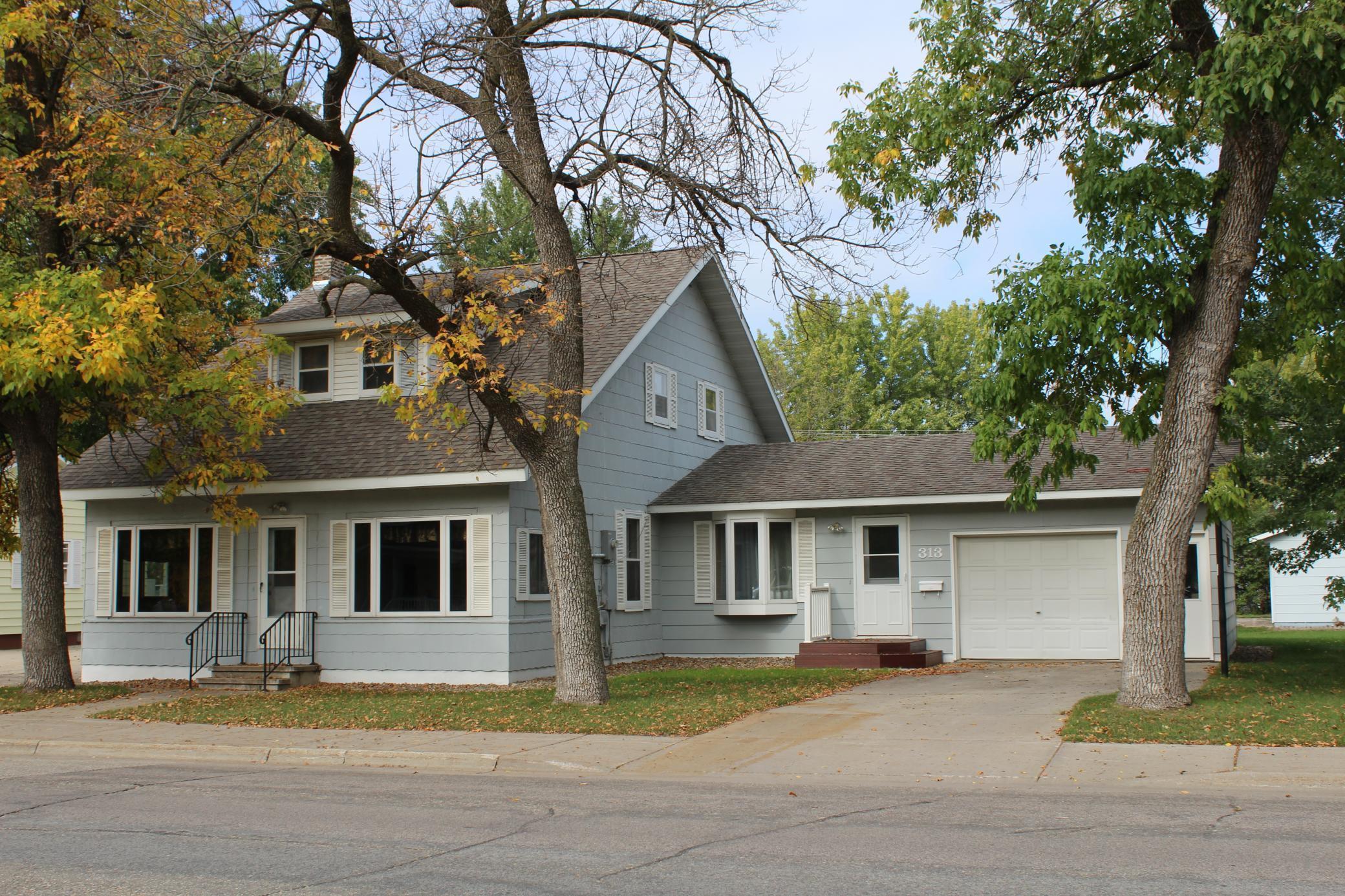 313 Main Street Property Photo 1