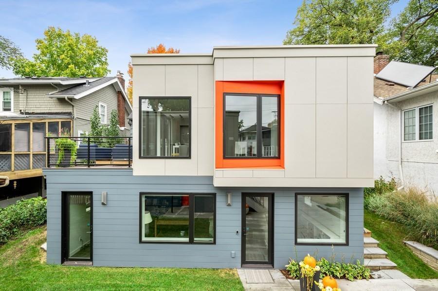 3907 Thomas Avenue Property Photo 1