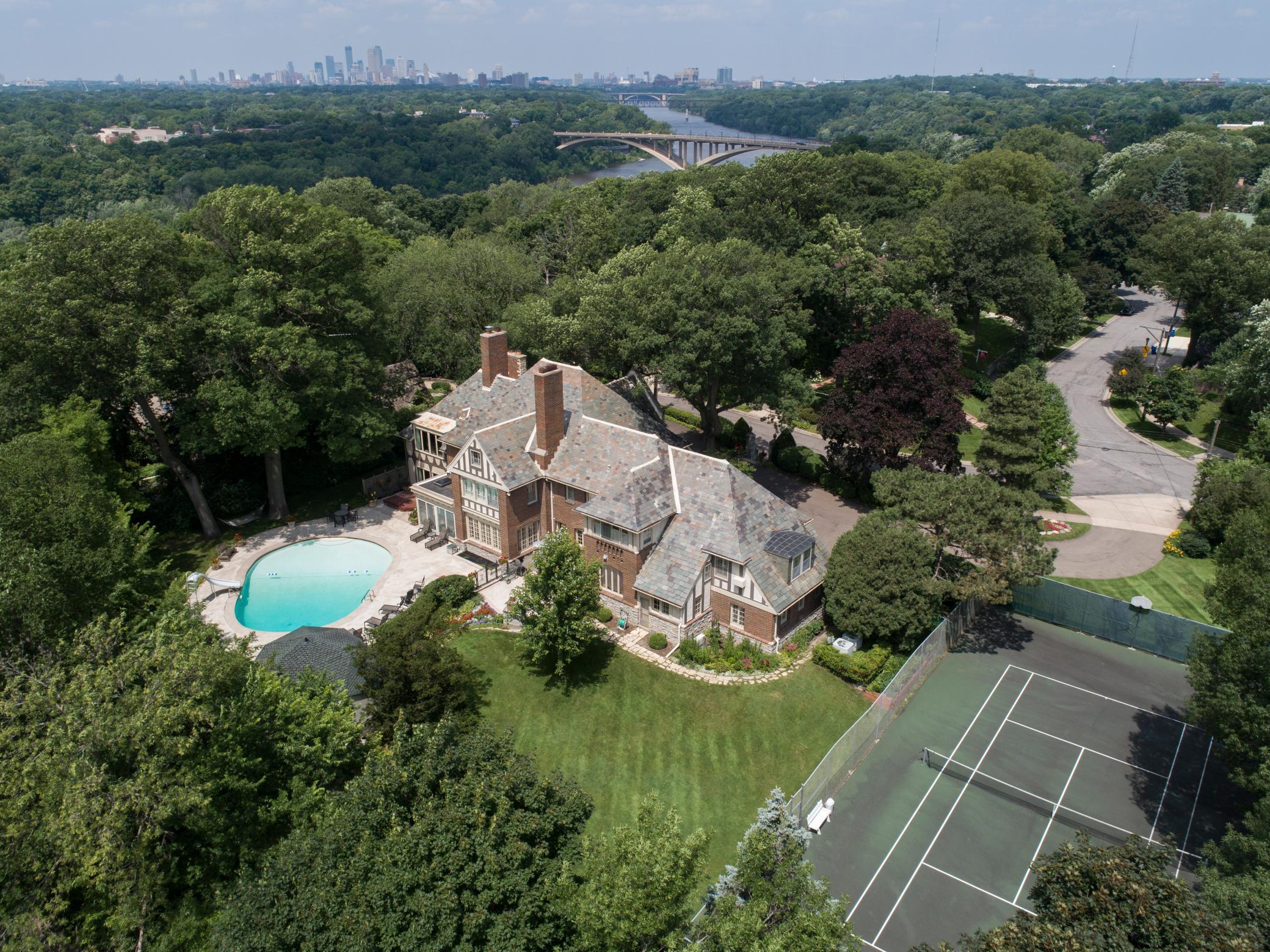 71 Otis Lane Property Photo 1