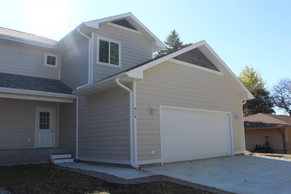 414 E 4th Street Property Photo