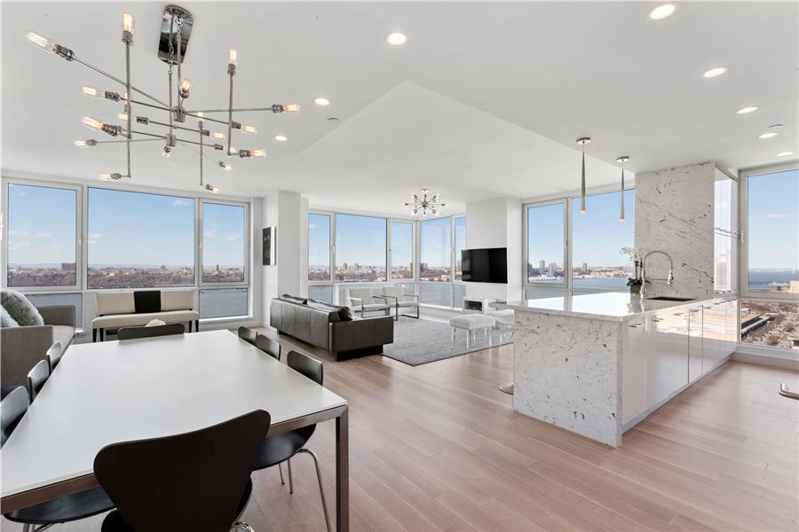 635 West 42nd Street #45thfloor Property Photo 1