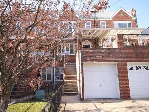 2452 East 2nd Street Property Photo 1