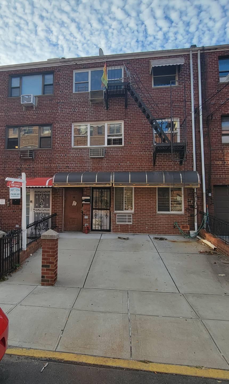 3108 46th St Property Photo 1