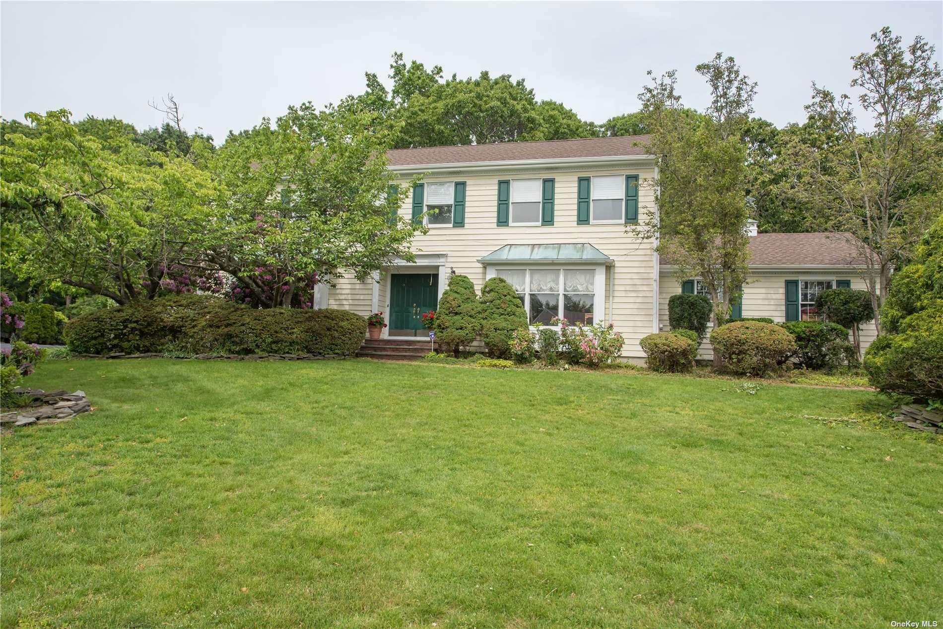 18 Ledgewood Circle Property Photo 1