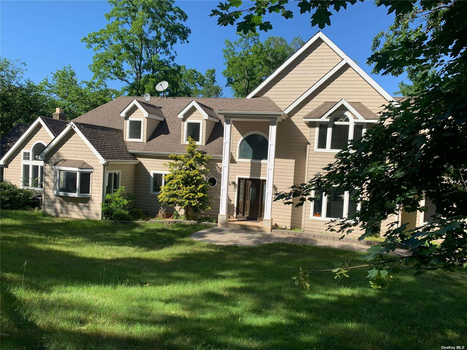 239 Shore Road Property Photo 1
