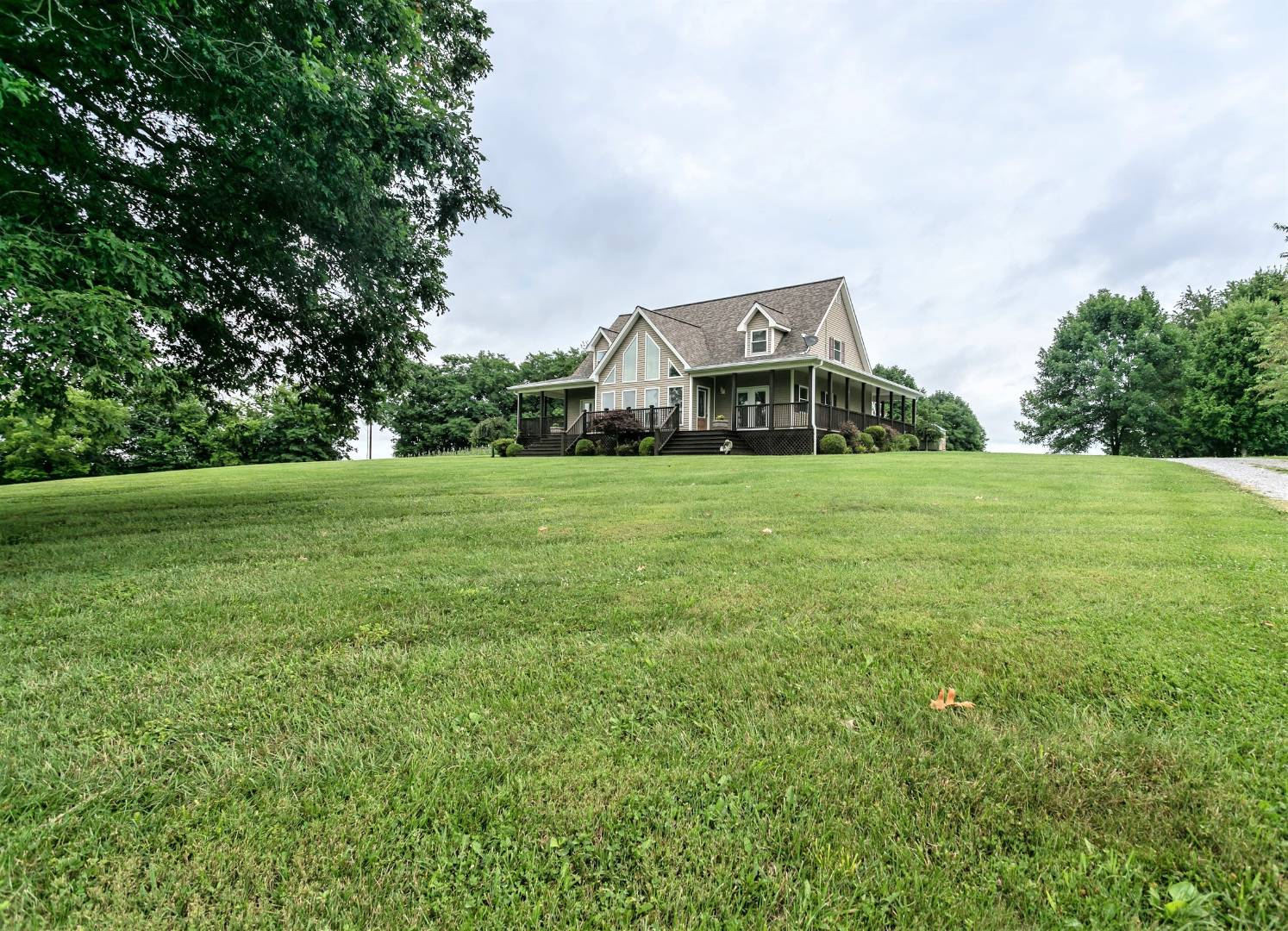 64 Old Hickory Drive Property Photo 1