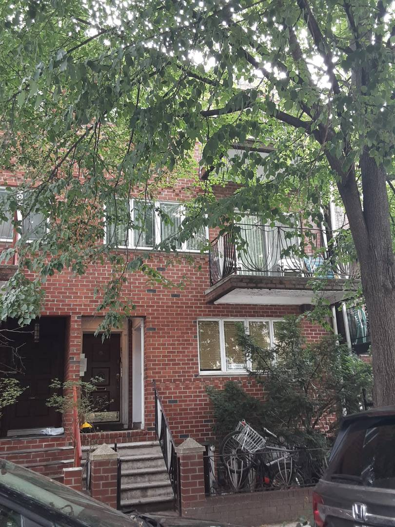 1469 48th Street Property Photo 1