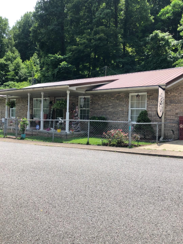 246 Hamilton Drive Property Photo 1