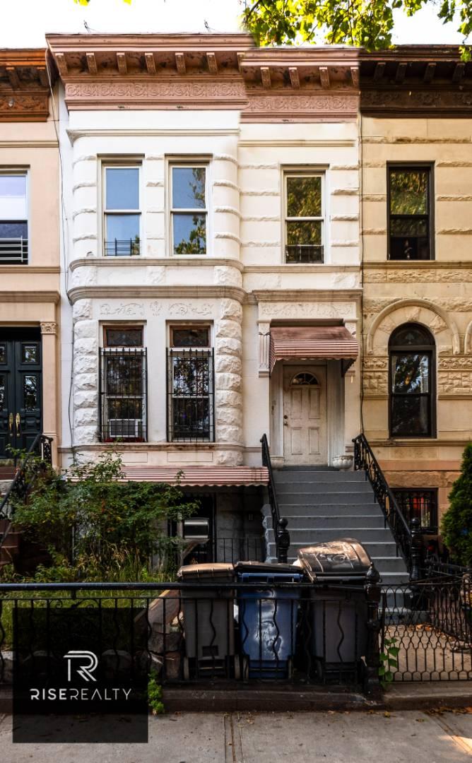 329 Halsey St Property Photo 1