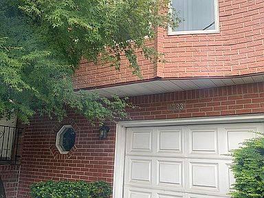 1733 Hancock Street Property Photo 1