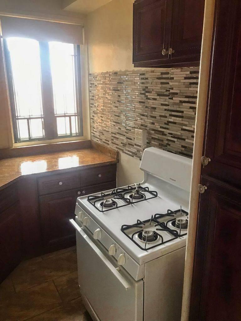 1501 Metropolitan Ave #9b Property Photo 1