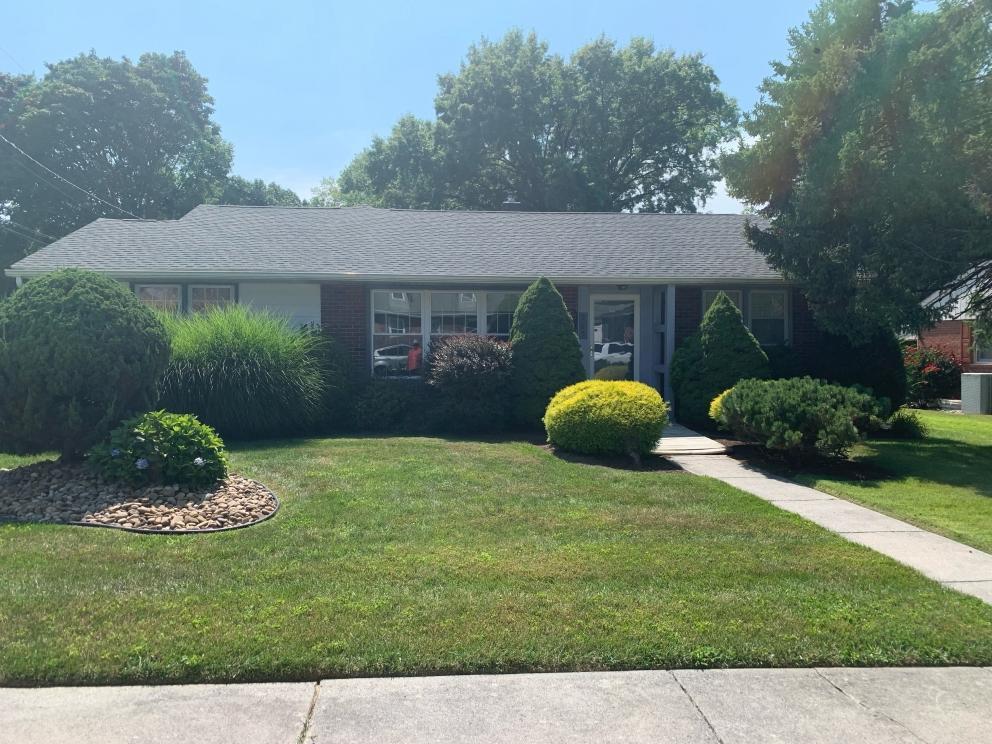 265 21st St Property Photo 1