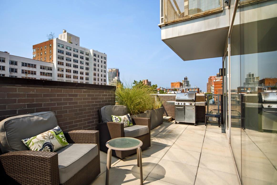 350 West 23rd Street #phb Property Photo 1