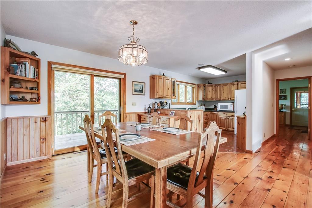 2756 7 5/8 Avenue Property Photo 7