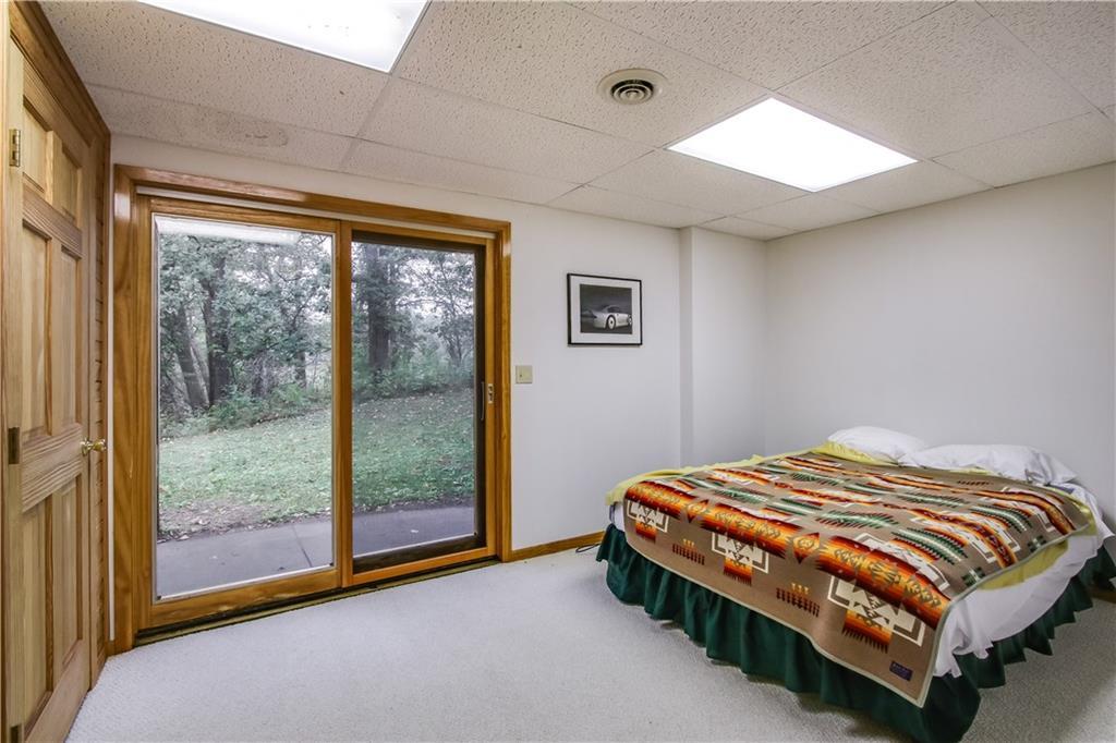 2756 7 5/8 Avenue Property Photo 10