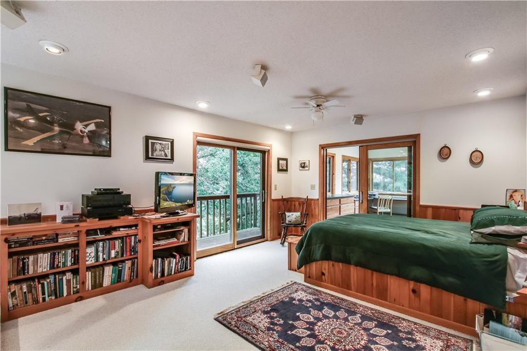 2756 7 5/8 Avenue Property Photo 18
