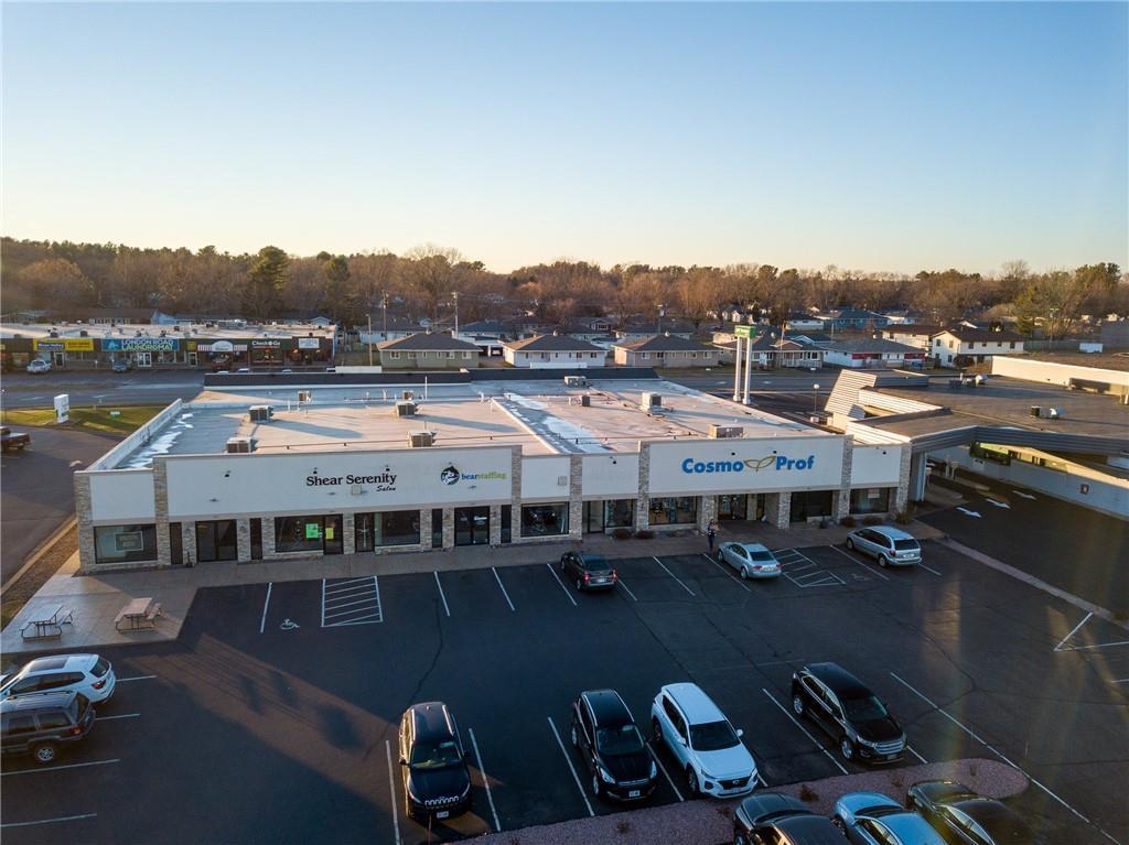 2734 Mall Drive Property Photo