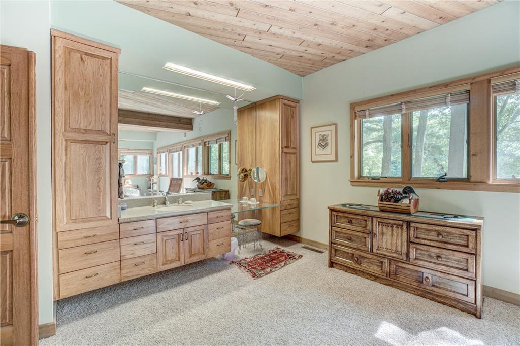 2570 N Thayer Road Property Photo 22