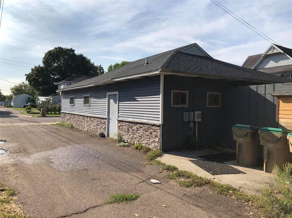 310 Allen Street Property Photo 5