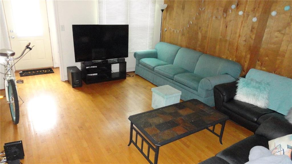 1403 9th Street E 1 Property Photo 6