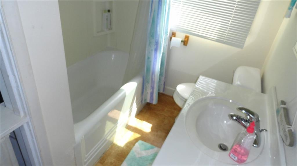 1403 9th Street E 1 Property Photo 8
