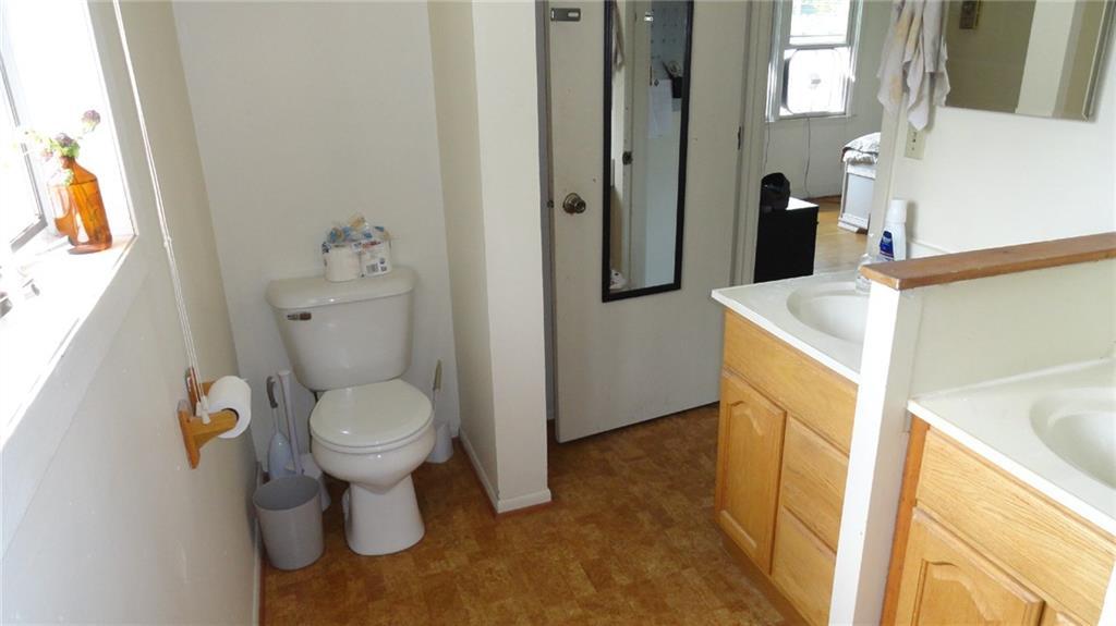 1403 9th Street E 1 Property Photo 17