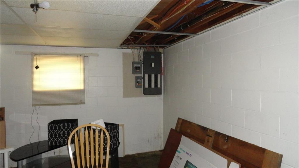 1403 9th Street E 1 Property Photo 20